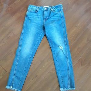 Zara skinny frayed hem jeans